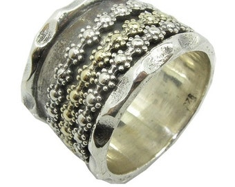 Enticing Classic Two Tone Ring