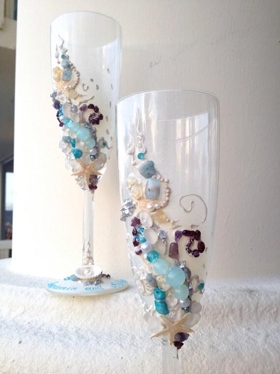 Beach wedding toasting flutes, starfish wedding glasses in aqua, ivory and plum colors, destination wedding idea, bridal shower gift
