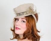 1940s vintage hat / tilt hat / Moon & Stars