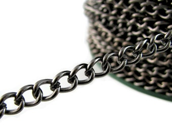 Gunmetal Chain : 10 feet Gunmetal Twist Oval Chain /  Black Curb Chain Findings 5.9mm x 7.5mm x 1.4mm ... Lead, Nickel & Cadmium Free 100609