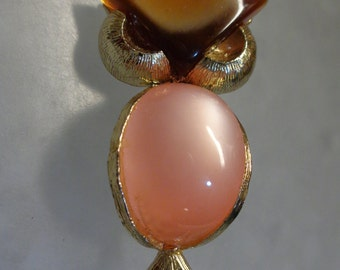 Vintage Two Toned Lucite Owl Brooch