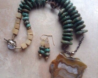 Kentucky agate pendant, graduated green jasper discs, blonde jade necklace and earring set