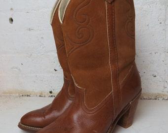 vintage Dingo southwestern brown suede cowboy boots // boho western // size 10