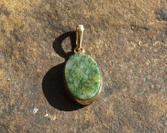Vintage Green Marble Pendant 12K Gold Filled W. E. Richards Co.