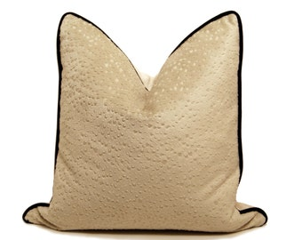 "18"" Ostrich Textured Velour Pillow"