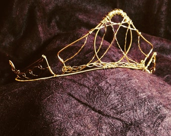 Sleeping Beauty Crown, OOAK Gold Tone Wire Bridal Tiara, Great for Princess Queen, Fairy, Renaissance, Halloween Costume or Wedding