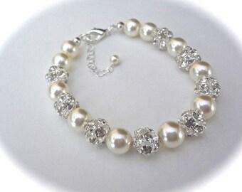 Pearl bracelet - Swarovski pearls and crystal balls - Brides bracelet - Wedding bracelet ~ Elegant ~ Wedding bracelet - Bridesmaid, Gift