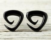 """Triangle Spiral Gauges Black Horn stretchers earrings 16g 14g 12g 10g 8g 6g 4g 2g 0g 00g 1/2""""  Expanders - GA006 H G1"""