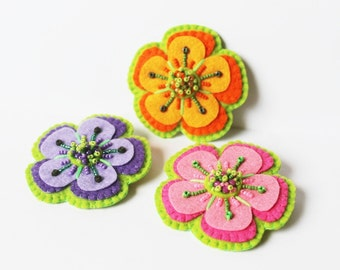 Felt Flower Brooch Bead embroidery Brooch Pink Purple Orange Flower Brooch Flower pin Girls jewelry Flower jewelry MADE TO ORDER