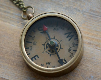 1 - Compass Necklace, Antique Bronze, Really WORKS, Nautical, Vintage Necklace Pendant with CHAIN (BA035)