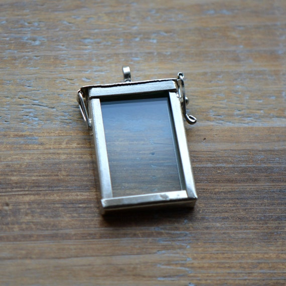 silver glass frame pendant rectangle shape memory box double sided glass hinged locket picture frame pendant charm jewelry pendant bd022 from - Double Sided Glass Frame