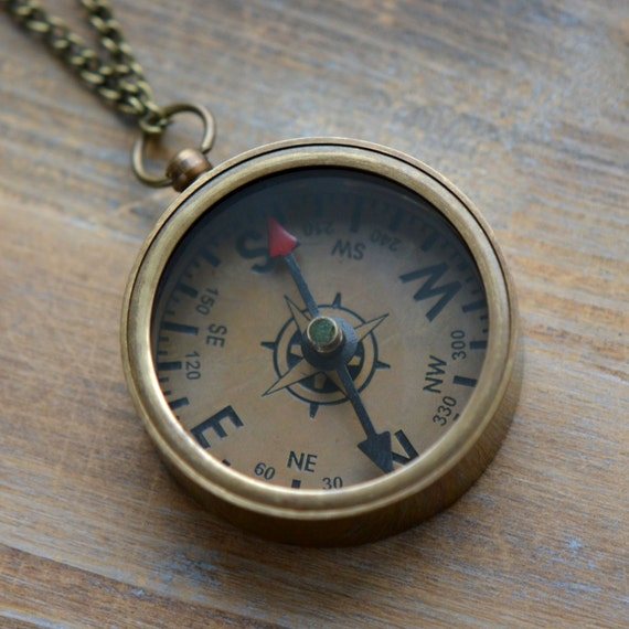 1 Compass Necklace Antique Bronze Really WORKS Nautical