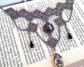 Swarovski Choker Black Gothic Choker Necklace Gothic Bridal Necklace Swarovski Crystal Necklace Victorian Gothic Jewelry Necklace