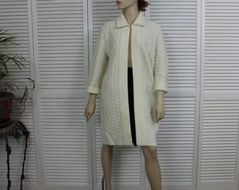 Vintage Sweater Coat Ivory Sweater Bee by Banff Size Medium 1960s