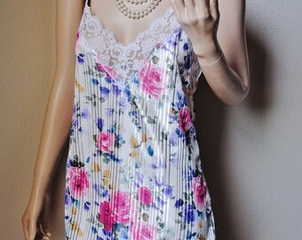 Vintage White Floral Sheer Stripe Nightie - by Undercover Wear - Small