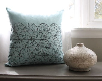 sky blue + charcoal gray pillow | linen pillow | spotted scallops | 18 x 18 inch pillow cover