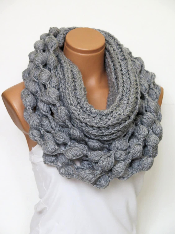 Knitting Chunky Scarves : Knit infinity scarf chunky grey by