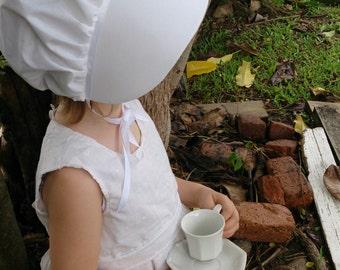 Ready to Ship! Size 1-3 White on White Bonnet, Sun Bonnet, Prairie Costume Bonnet, Pioneer Bonnet, pirates of Penzance, Toddler Bonnet