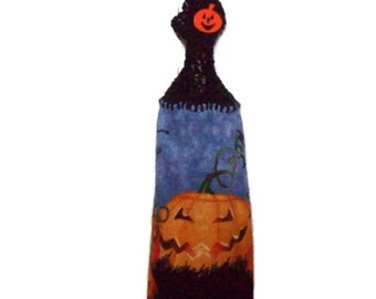 Halloween hanging Towel - Creepy - Spooky - Jack O Lanterns -  Hanging kitchen towel - Crochet top - Button top