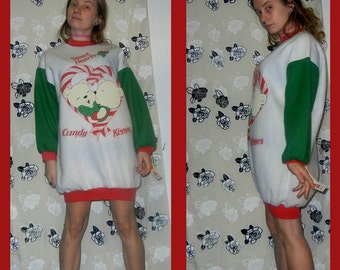 ON SALE - Christmas acrylic nighty / sweater with kissing bears