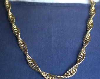 Spiral Pattern Red Brass Link Chain