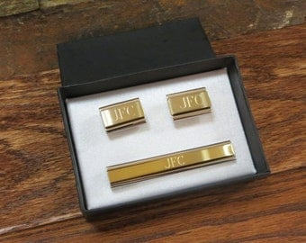 Personalized Cuff Links With Monogrammed Tie Clip, Father, Groomsmen Gift, Usher, Monogram ,Gifts for Men (cut-21)