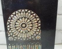 Notre-Dame De Paris. Vintage Hardcover Book. Circa 1971. Famous Parisian Architecture in the City of Lights and Romance. Beautiful Churches.