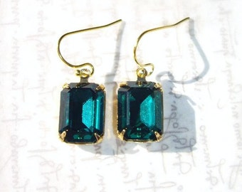 Emerald Green Swarovski Crystal Earrings