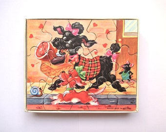 REDUCED Vntg 60s wood jigsaw kid's puzzle 12 pcs little dogs