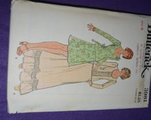 70s Butterick 3981 Junior - Top and Skirt Sewing Pattern - UNCUT Size 5 or Size 7 or Size 9 ir Size 11 or Size 13