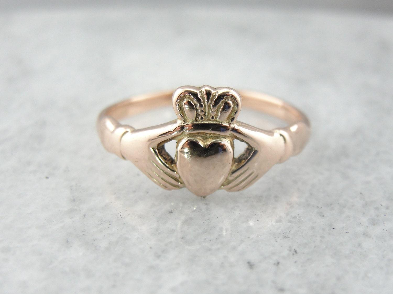9 carat english rose gold claddagh ring 30t6z1 r. Black Bedroom Furniture Sets. Home Design Ideas
