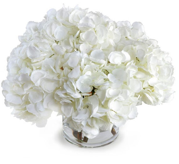Silk off white hydrangeas arrangement centerpiece large for Ortensie bianche