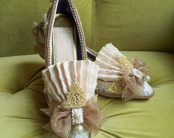Marie Antoinette Heels Shoes Rococo Baroque Fashion Costume Fawn Beige Ivory Lace Heel Shoe Bridal Gold and Pearls 18th Century CUSTOM