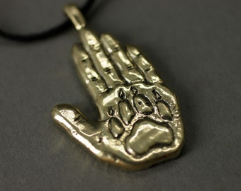Human and dog (or wolf) friendship forever pendant bronze necklace