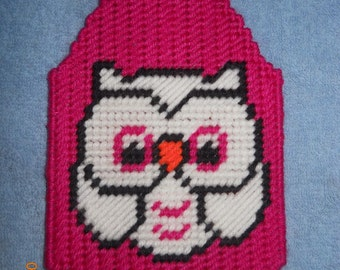 Owl Flyswatter cover - plastic canvas, owl, pink