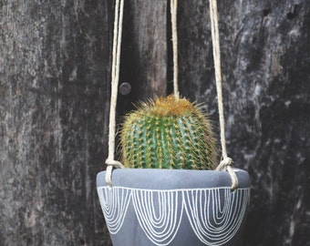 Hand Carved Ceramic Hanging Planter / Black & White Hanging Planter with Arc Garland Sgraffito Design / Succulent, Cactus, Herb, etc. Pot