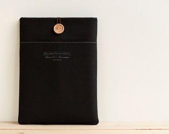 "13 inch Macbook Pro, Retina, Air case, 13"" Surface Book, Custom Laptop Laptop sleeve / Black"