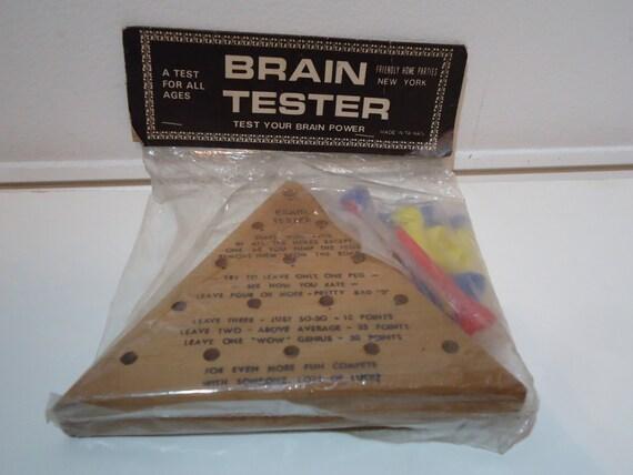 Brain tester teaser mini golf tee wood block game by