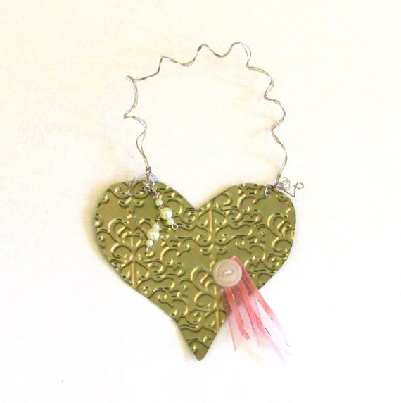 Metal heart ornament gold recycled