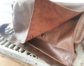 snap closure for your Satchel
