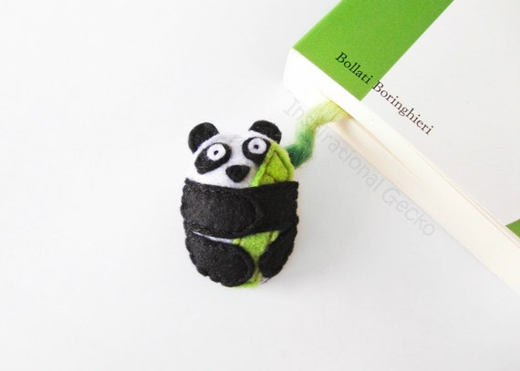 Felt Panda Bookmark, cute stuffed animal, stuffed panda with bamboo plant, back to school gift, book lovers gift, made to order