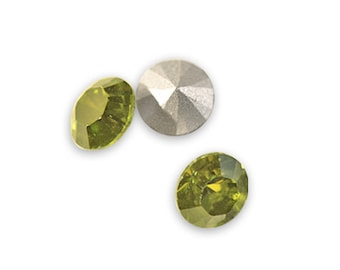 Swarovski crystal Olivine 1028 Xilion SS39 (8mm) round-conical bottom ss 39