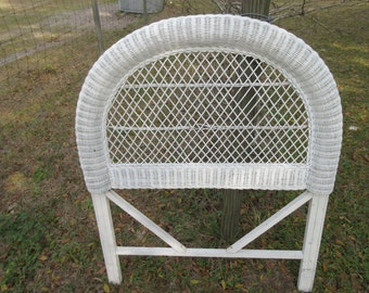 Vintage,large,round Top,white,wicker,twin Bed Headboard,shabby