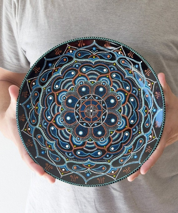 Wall plate for home decor harmony of east wall hangings for Decoration plater