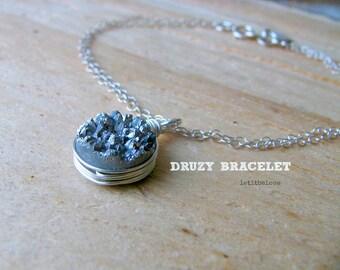 gray druzy bracelet initial druzy bracelet personalized gray druzy jewelry silver druzy stamped heart initial agate druzy bracelet letter