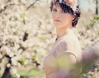 Marguerite Hair Piece for Vintage Wedding, Mother of the Bride, Races Fascinator