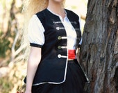 Woman's Buccaneer Costume ~ Halloween Caribbean Pirate and Wench Dress