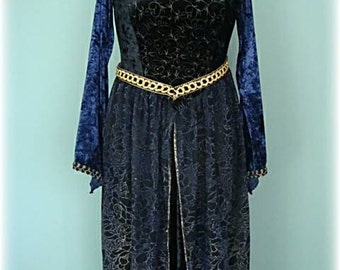 Renaissance Woman's Dress in Blue Velvet