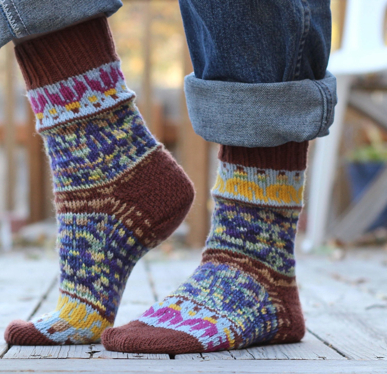 knitting pattern mountain scenery socks cuff by