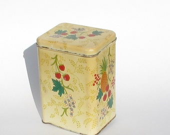 Cheinco Canister Tin ~ 9 inch High ~ Retro Kitchen ~ Farmhouse Décor